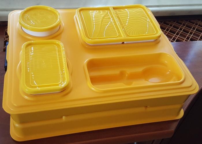Термоподнос с замком и комплектом посуды с крышками Menu Mobile - 4